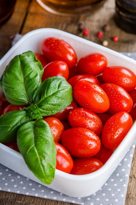 tomatoes-1887240_1920